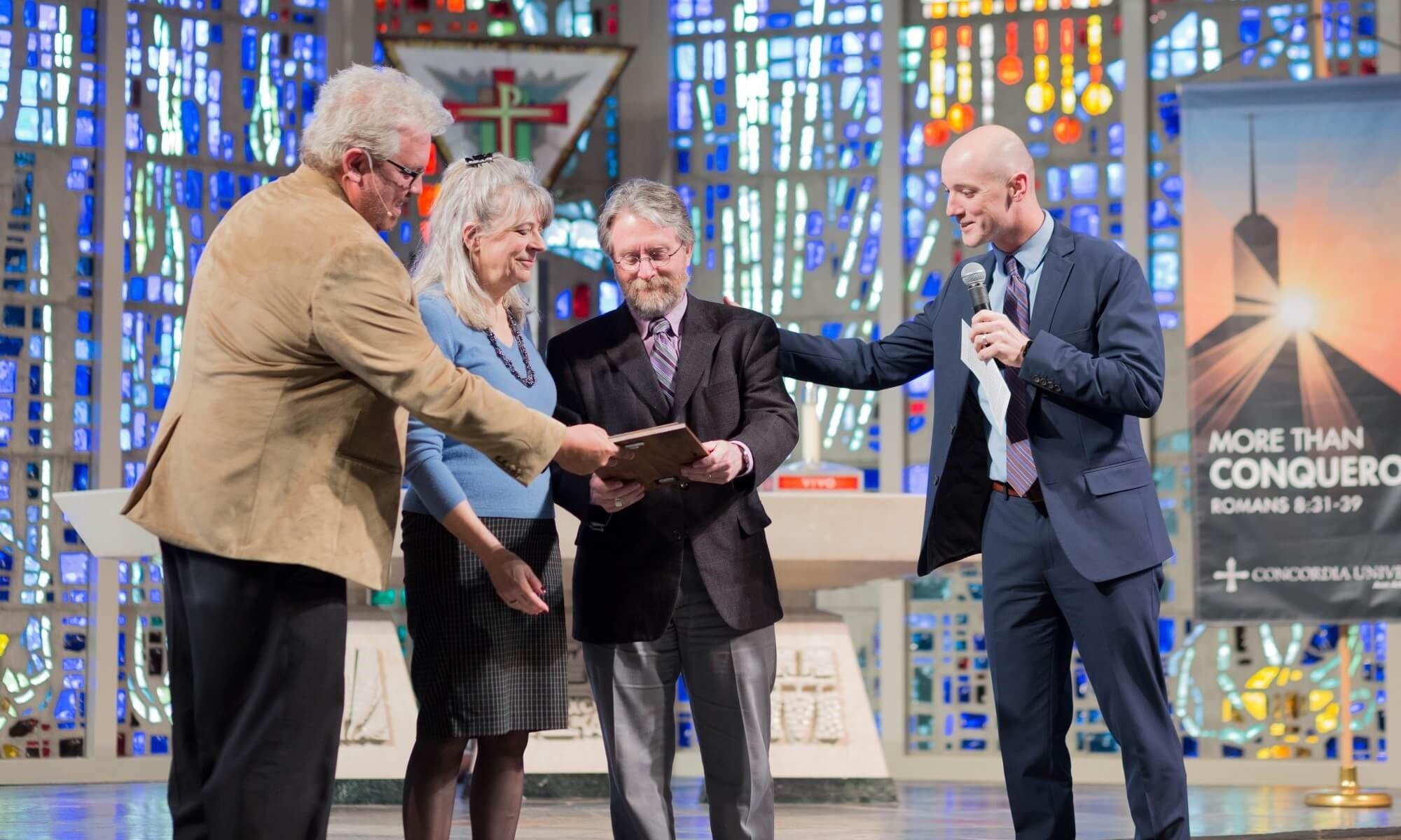 2019 Outstanding Alumnus Award