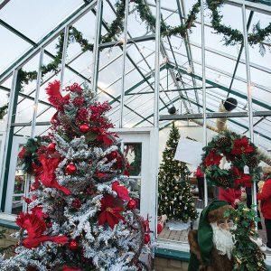 A manor Christmas