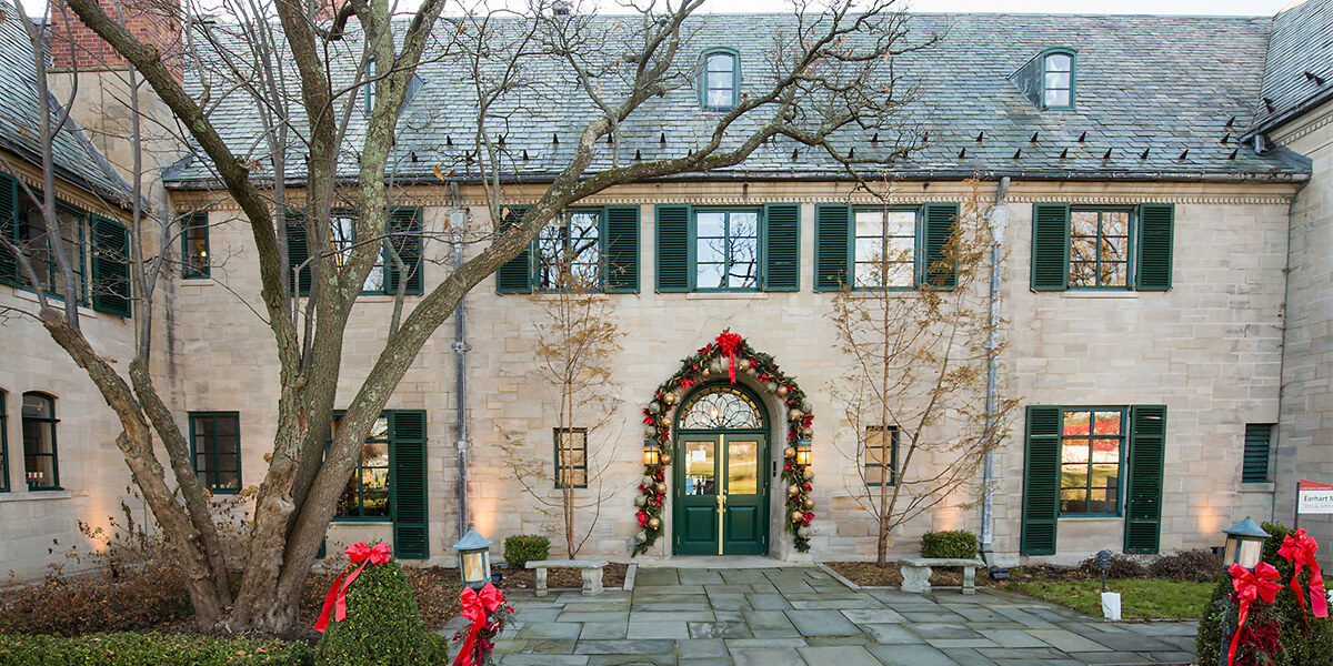 Earhart Manor decorated for Christmas