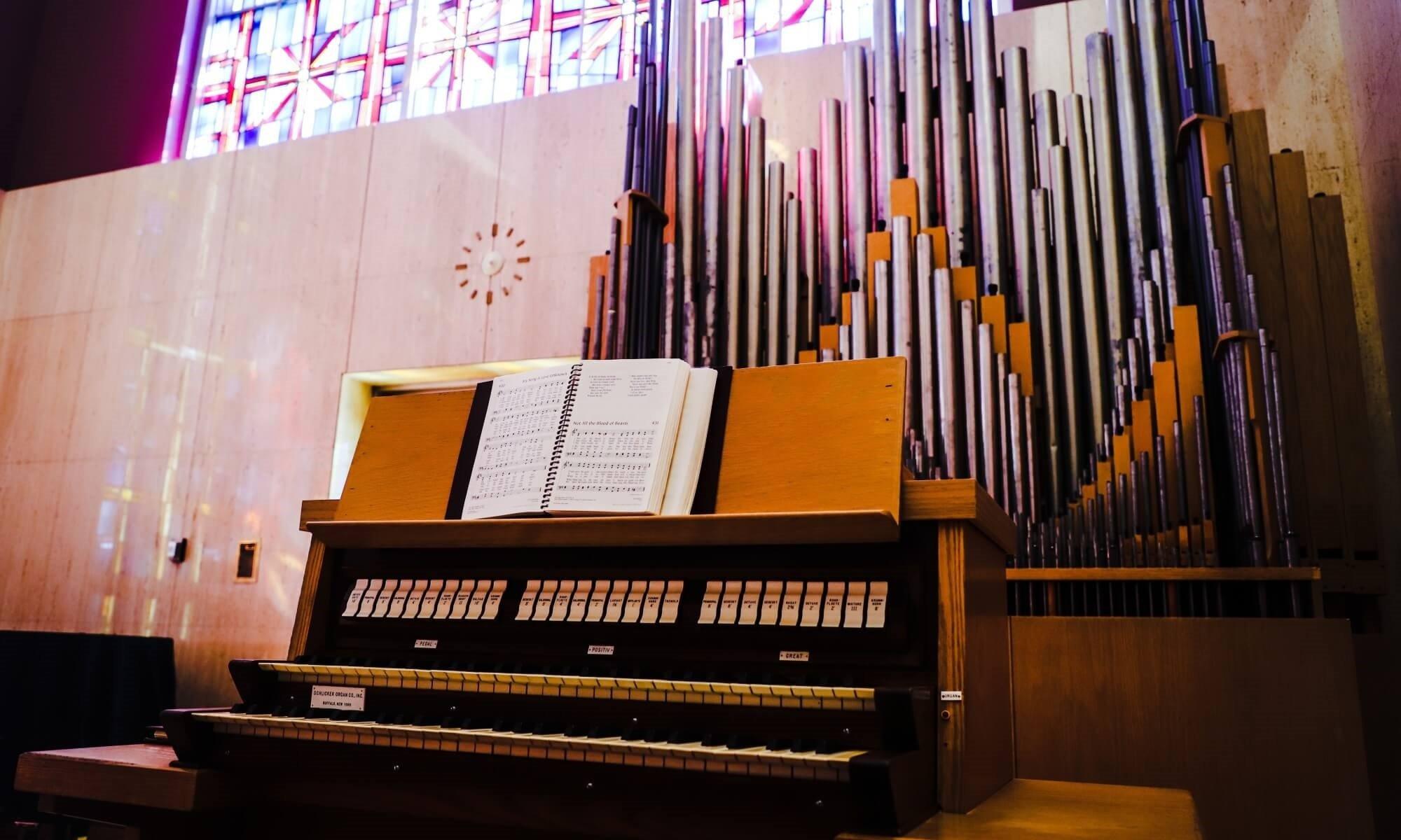 Schlicker Organ